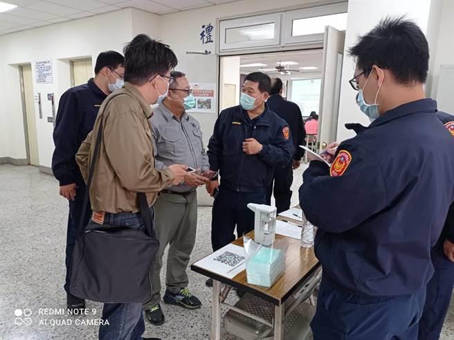 台南市警方與業者協調春節交通工作。(讀者提供/程炳璋台南傳真)