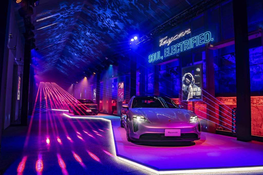 去年12月甫上市的純電車款Porsche Taycan,不只行駛過程零碳排放,製造過程也達到碳中和。