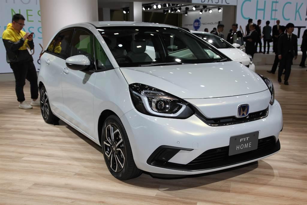 不走亞大規!Honda FIT 第四代車型將於第三季前後亮相、汽油與 e:HEV 二種動力兼具!