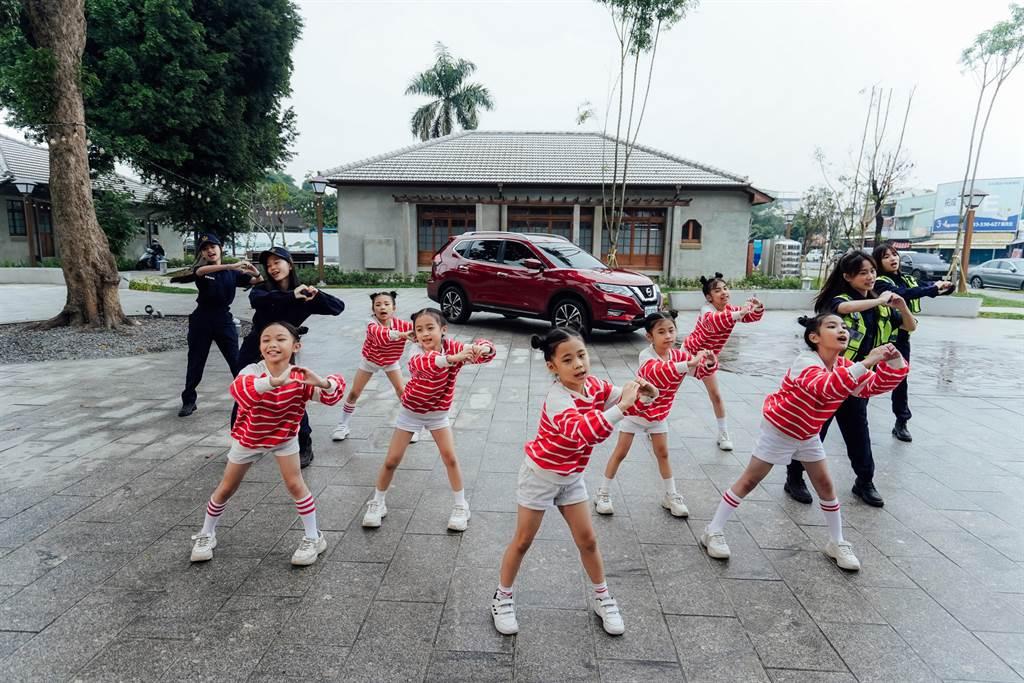 裕隆日產汽車透過「Sunny Sunny」MV童趣動感、琅琅上口的音樂歌舞表演,於歲末年終提醒用路人一起關懷老人交通安全。