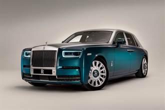 擁有夢幻般氣息的Rolls-Royce Phantom Iridescent Opulence抵達阿布達比