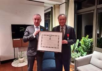 李安獲頒法國家榮譽軍團騎士勳章