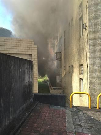 基隆海大傳火警 地下室不斷發出爆裂聲響