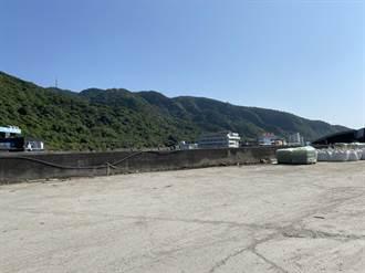 台東縣府碼頭大掃除 綠島南寮漁港廢棄物達25噸