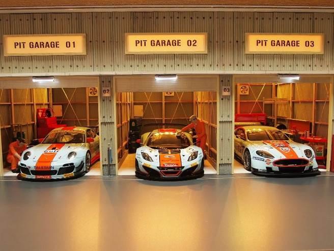 「世界の大模型車展」除600多輛模型車外也展出百萬實體名車。(「世界の大模型車展」提供)