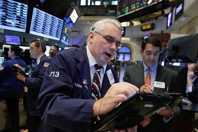 非農數據強化1.9兆美元財政刺激計畫推出的可能性,美股開盤漲160點,5大科技股漲跌不一。(美聯社資料照)