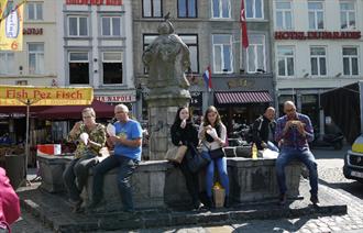 體驗荷蘭排隊美食 輕鬆銅板價吃出異國絕妙滋味