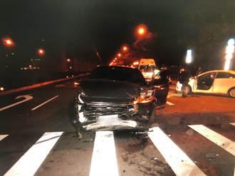 兩車未依號誌管制及標線行駛 5人受傷送醫