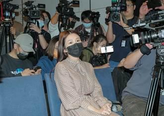 雞排妹起底翁立友記者會「惡意女記者」身分:豪記找來的吧