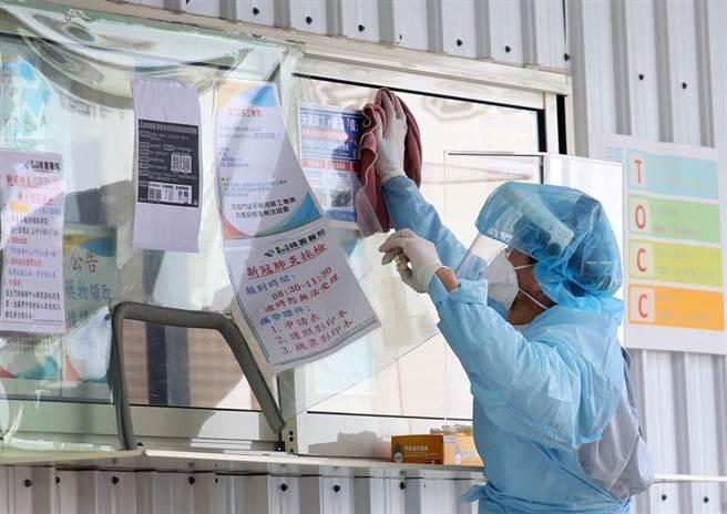 桃醫群聚進展在預期內,陳時中表示,未來會分階段恢復正常運作。(本報資料照)