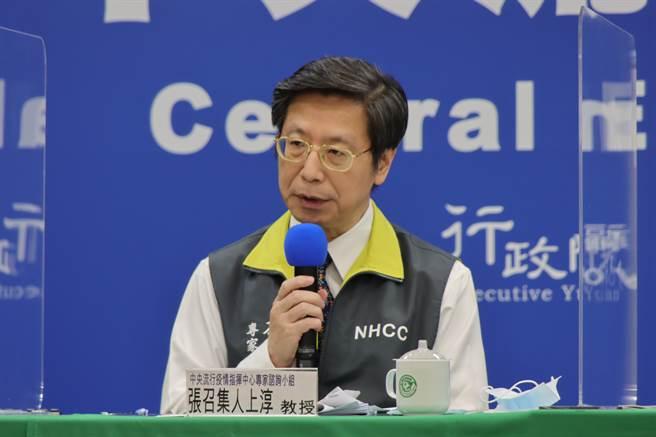 張上淳今天表示,到昨天為止有174人住院,12人嚴重肺炎,其中6人住進加護病房,4人使用呼吸器,最嚴重1人使用葉克膜。(中時資料照)