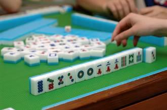 過年打麻將命理師教選好牌咖 對方秒變財神狂放槍