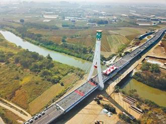嘉縣耗資9.2億 雙金蒜頭大橋通車