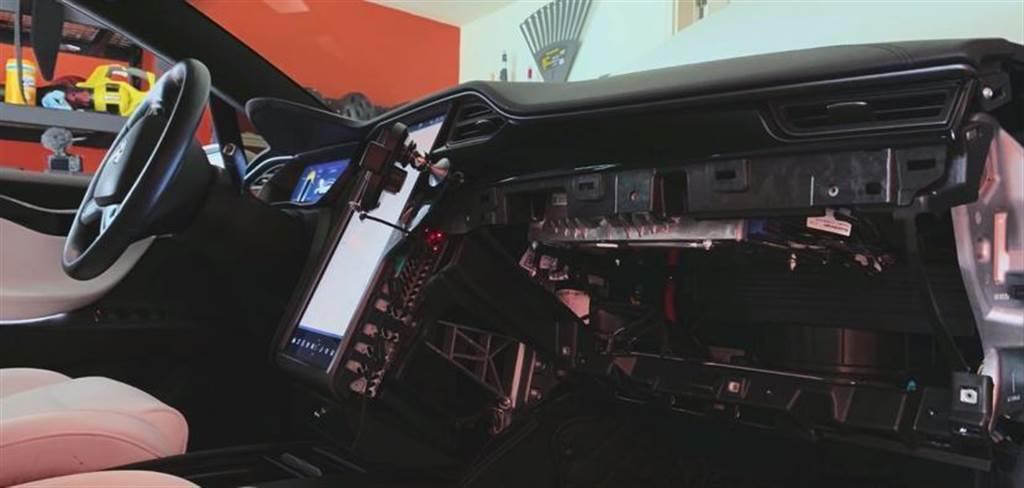 英國、中國也確認跟進 Model X/S eMMC 召回令,免費幫車主替換為 64GB 記憶體