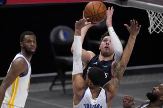 NBA》勇士科爾再批聯盟:偏袒進攻球員