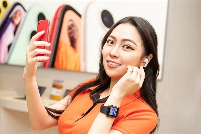 活動期間至德誼購買買Apple Watch送市價1090元充電器。(德誼提供/黃慧雯台北傳真)
