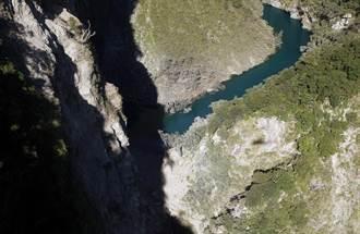 台東縣大南溪上游崩塌形成堰塞湖 無立即危險