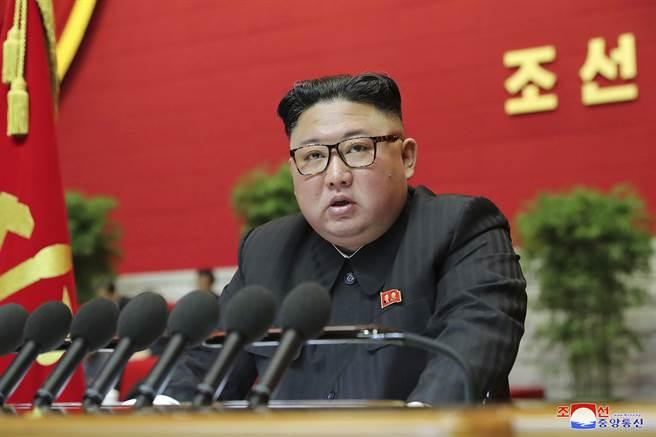 根據路透社今天取得的聯合國機密報告,北韓在2020年仍違反國際制裁,持續發展核子及彈道飛彈計畫。(圖/美聯社)