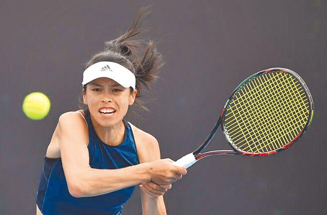谢淑薇直落2轻松击败对手,顺利闯进澳网女单第2轮。(美联社)
