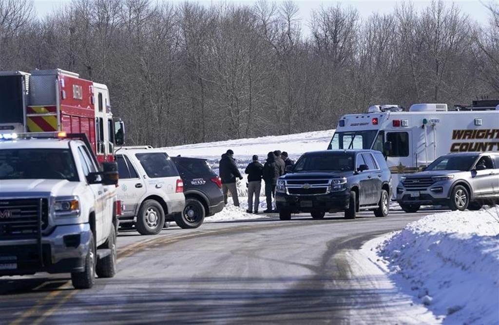 一名男性枪手在美国明尼苏达州水牛城(Buffalo)一家诊所开火,造成至少5人受伤,伤势危急。(美联社)(photo:ChinaTimes)