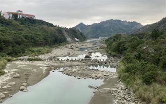 氣候緊急釀極端旱情 綠色和平估世紀末曾文水庫連續無雨日增約5成