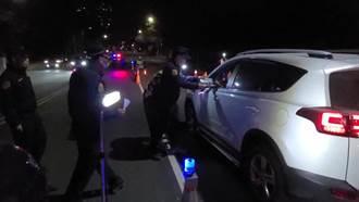 農曆春節前抓酒駕零容忍 中市警察局發小紅包慰勤