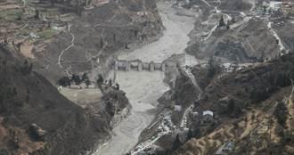 印度山洪暴發至少32死!衛星照曝疑因「雪崩」導致而非冰川斷裂