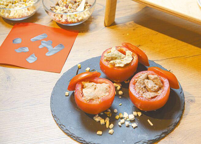 「番茄牛雞盅」成品模樣可口。(吳松翰攝)