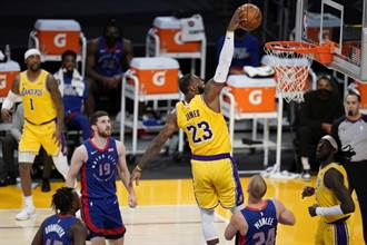 NBA》詹姆斯為何從沒參加灌籃大賽?