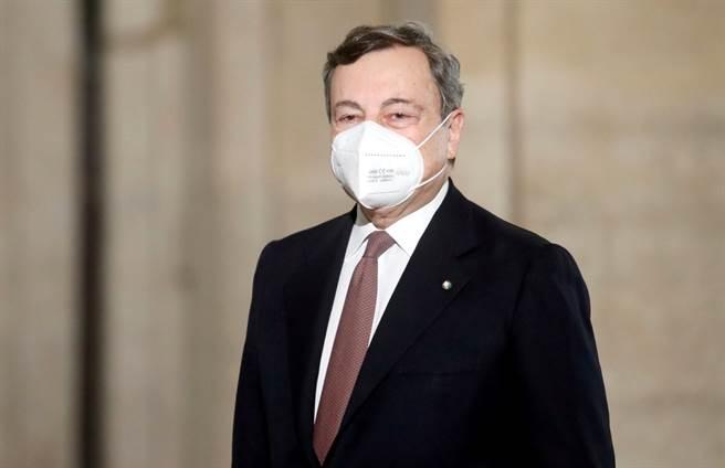 前歐洲中央銀行總裁德拉吉(Mario Draghi)12日一就任義大利總理,即公布新內閣陣容,由無黨派的技術官僚和來自他廣泛政治聯盟的人物組成,將對付疫情和經濟等多重危機。(資料照/路透社)