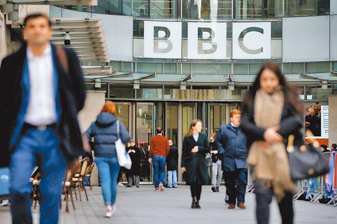 大陸禁播BBC後,遭美、英、歐盟嚴詞譴責。歐盟抨擊北京禁播BBC是繼去年驅逐多名外國記者後,限制言論及新聞自由的另一惡行。(路透)