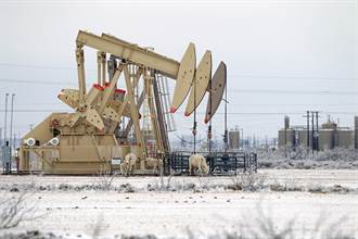 德州冰封300萬戶斷電產油停擺 重創能源業
