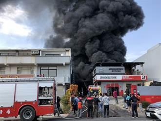 金門大火離加油站僅100公尺 濃煙沖天全島震驚