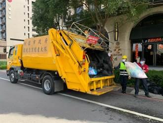 春節垃圾是平時的3倍 桃園市垃圾車來回清運