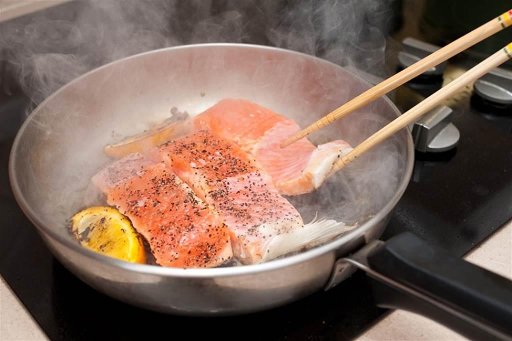 ω-3非得要吃魚油,但天然食物也能簡單補到。(示意圖/常春月刊提供)