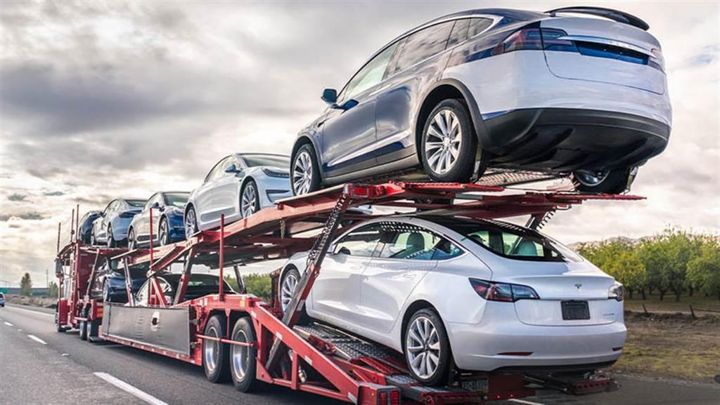 爆料指特斯拉今年目標交車百萬輛,財報上說的數字是刻意低估