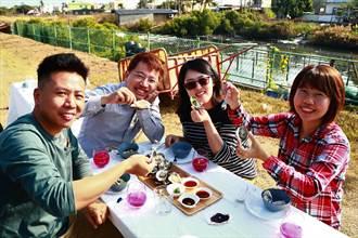 東港南平推「牡蠣園下午茶」小旅行 搭管筏賞蚵好趣味