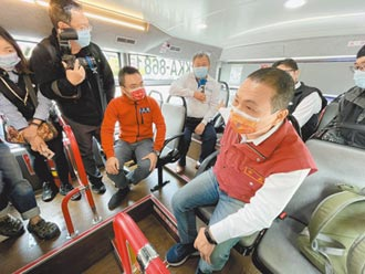 抗疫升級 公車防菌椅受好評