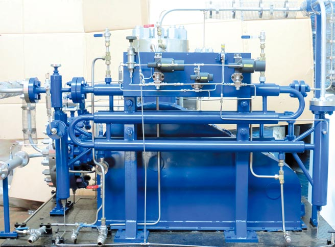 元寧企業研發工作壓力高達400KG的氫氣壓縮機。圖/元寧提供