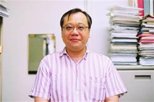台大化工系教授李篤中涉違反兩岸條例,教育部罰30萬元。(摘自台大化工系網頁)