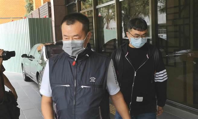 男子鄭啟龍(左)與曾士晟(右)、曾士峰兄弟共謀對林榮基潑漆,遭林求償300萬元精神慰撫金。(本報資料照片)