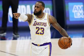 NBA》改口聲援球評前輩 詹皇:必須尊重他們