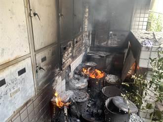 發爐 嘉義某大樓多個金爐集中放 突然發火燒爆