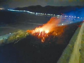 煙火釀外木山火警 議員促設專區管制