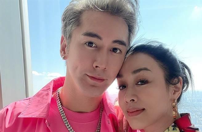 鍾麗緹2016年梅開三度嫁給張倫碩。(圖/翻攝自張倫碩微博)