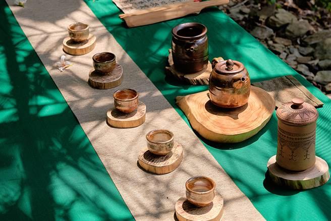 寶山部落野趣茶席充滿儀式感。(攝影/林衍億)