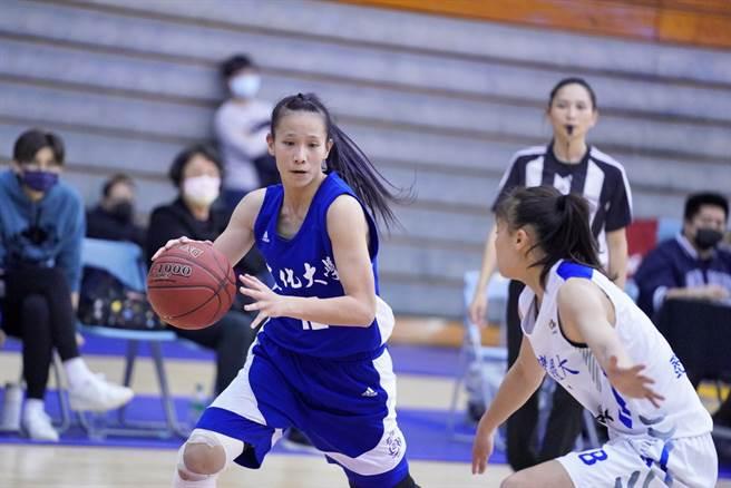 文化大學王玥媞19日全場投13中12,貢獻全場且是UBA生涯最高28分。(大專體總提供)