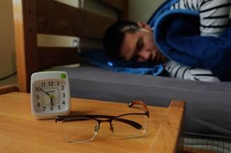 越睡越暴躁 美研究發現增加憂鬱症風險的睡眠習慣