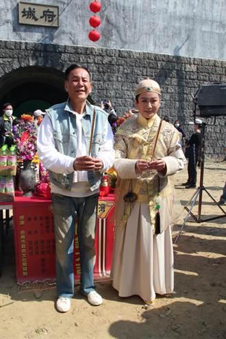 龍劭華隔17年再演歌仔戲取悅陳亞蘭笑喊傳承