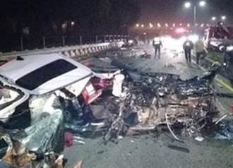 大逆转 初四BMW试车撞护栏2人惨死 竟是幸存男大生酒驾肇事